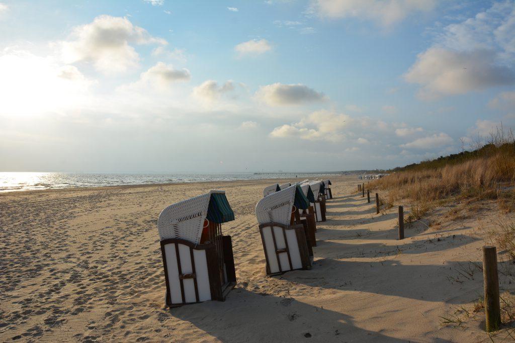 6-postkartenbild, Strandkörbe am Strand von Amrum